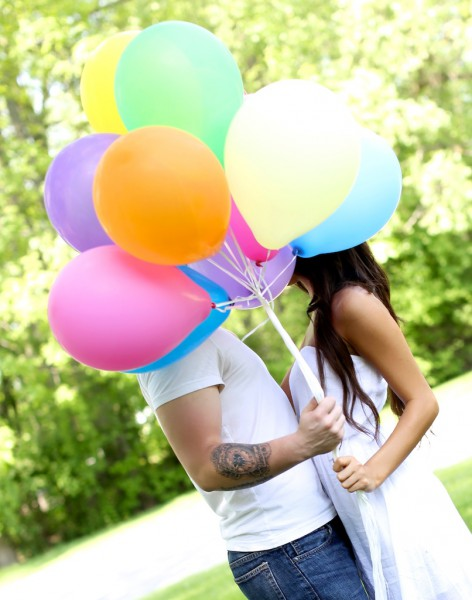 Such a fun shoot with this lovely couple and tons of fun using some balloons